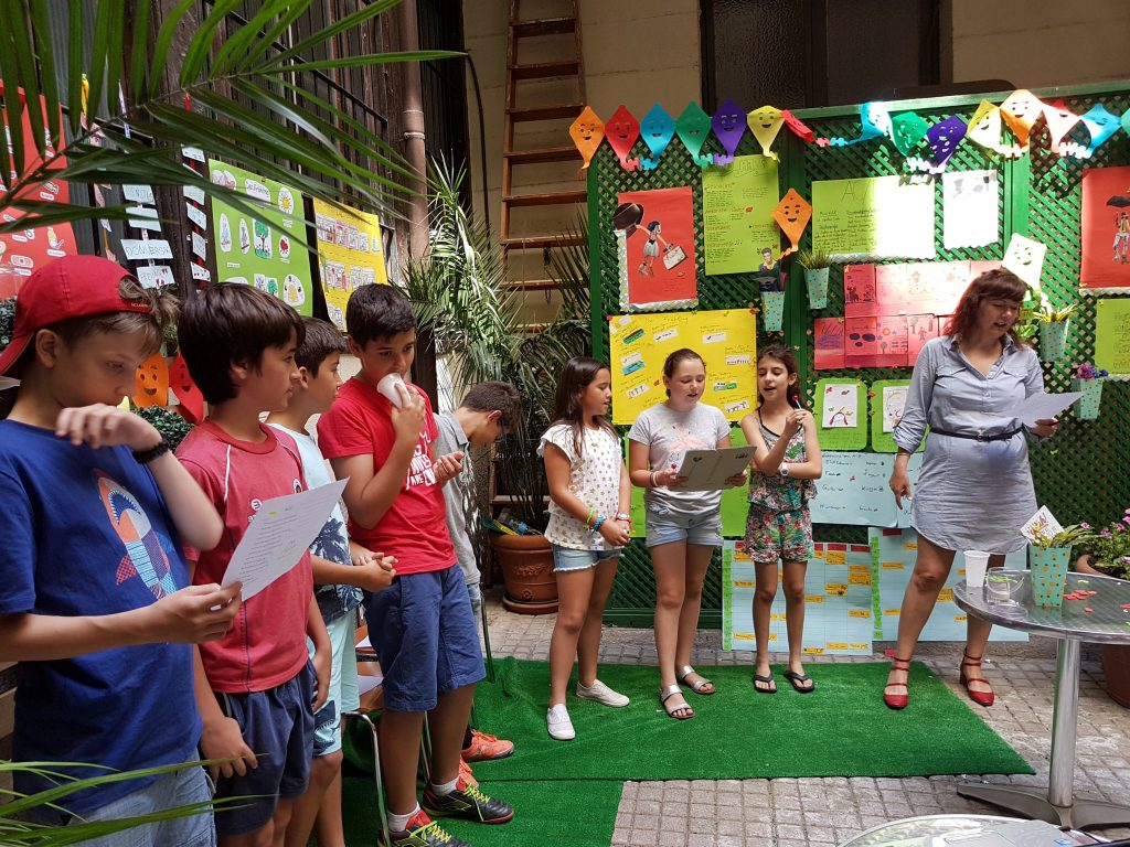 Música en la fiesta infantil de fin de curso de alemán 2017